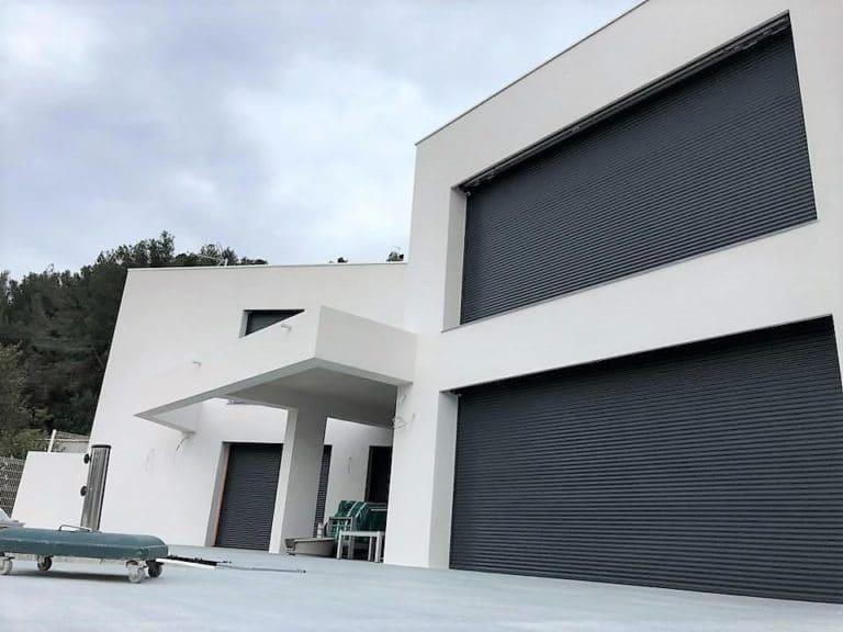 maison d'architecte moderne dans le var en renovation